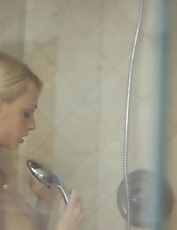 Come watch as beautiful blonde Erica Fontes uses the..